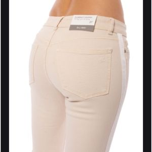 DL1961 Florence Cropped Mid Rise Instasculpt jeans